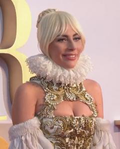 Lady Gaga realiza un emotivo discurso de defensa a la salud mental en la 61º Edición de los premios Grammy